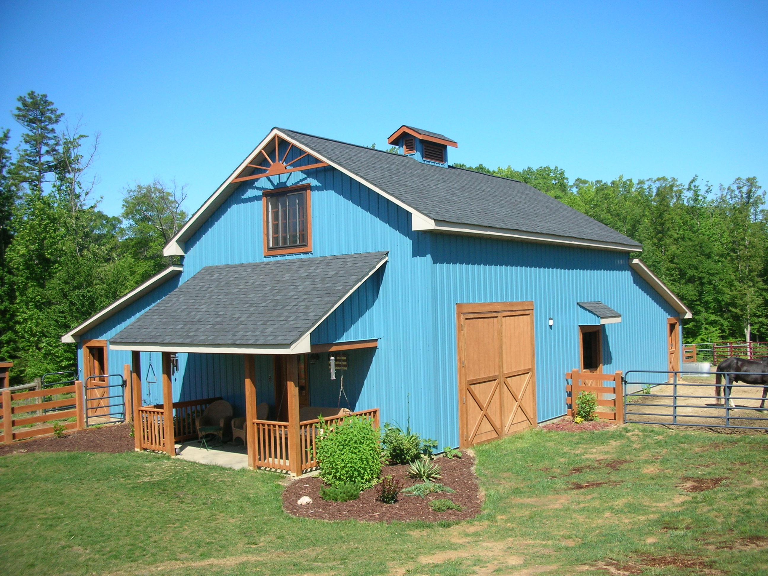 A unique cottage style barn charlottesville radius for Small metal barn homes